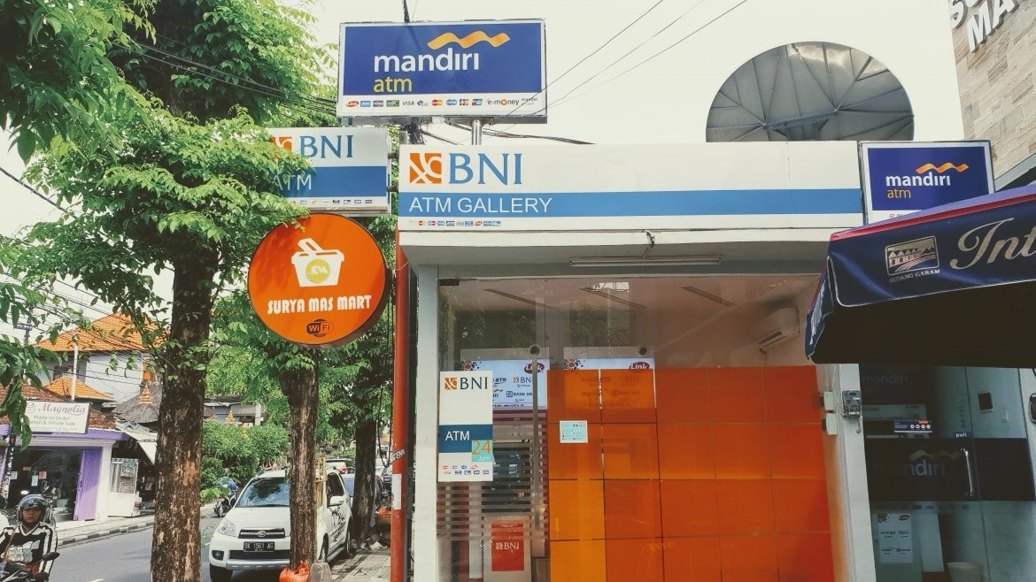 ATMs on Jalan Legian - Bali Holiday Secrets
