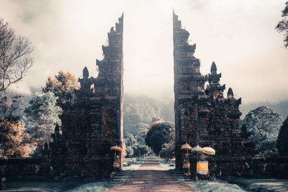 Handarah Gates - Best Tourist Attractions in Bali