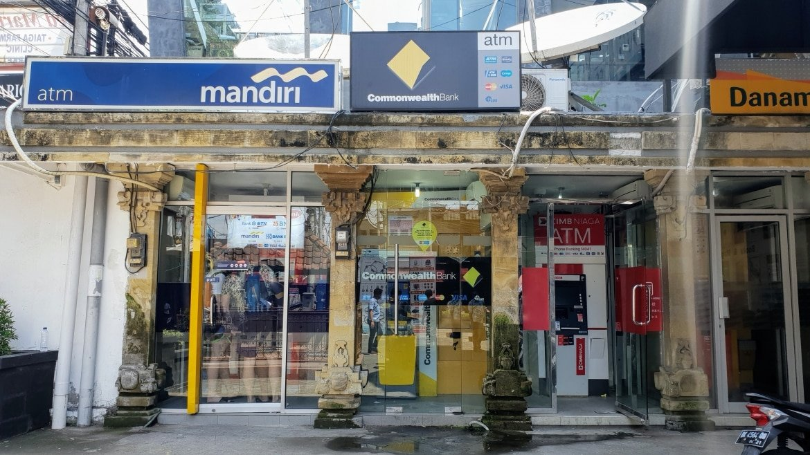 Atms at Bintang Supermarket - Bali Holiday Secrets
