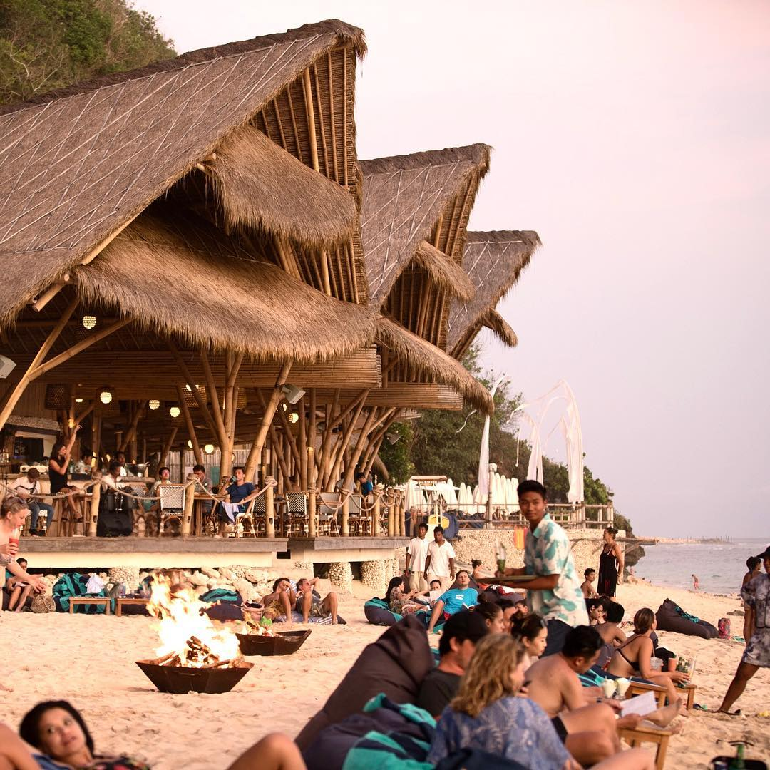 Sundays Beach Club - Bali Holiday Secrets