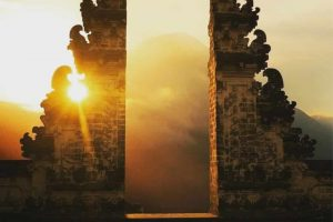 Lempuyang Temple Sunrise Tour - Bali Holiday Secrets