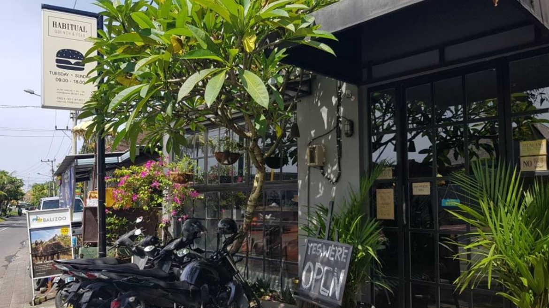 Habitual - Restaurants, Cafes and Bars in Seminyak - Bali Holiday Secrets
