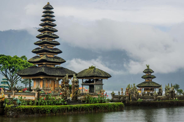 Ulun Danu Beratan - Bali Holiday Secrets